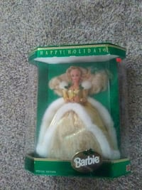 Barbie Happy Holidays doll with box Mount Sterling, 40353