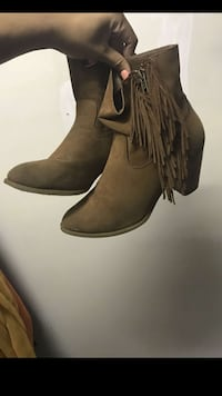 women's brown suede fringe chunky-heel ankle boots