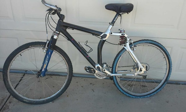 Carbon Fiber Mountain Bike >> 96 Gt Lts Carbon Fiber Mountain Bike