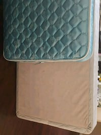 Twin mattress and box spring Bakersfield, 93312
