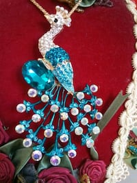 Lg Turquoise Rhinestone Peacock Pin Necklace Spring Hill