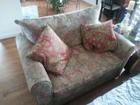 brown and red floral loveseat ORLANDO