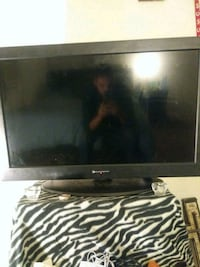 black flat screen TV Fairborn, 45324