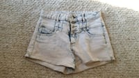 Acid wash high-waisted shorts Surrey, V3T 5Y1