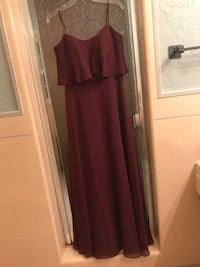 Formal gown size 10 but fits a 8 or 6 wedding prom homecoming new years Modesto, 95350