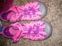 Girls sneakers Chattanooga, 37421