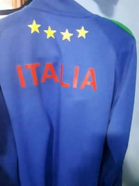 blue and yellow Nike pullover hoodie Kitchener, N2K 1P3