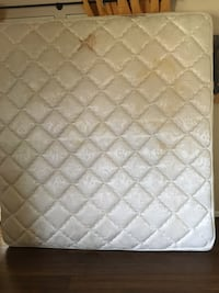 Quilted white and gray mattress Centreville, 20121
