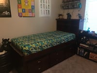 Dark brown bed with drawers and trundle North Las Vegas, 89031