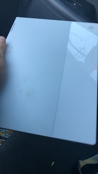 Barely used google pixelbook the new one! North Vancouver, V7J