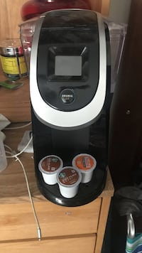 Keurig 2.0, extra k cups available Paoli, 19301