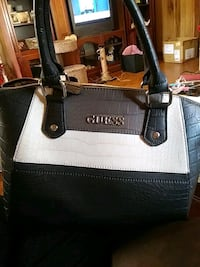 Guess brown and tan satchel purse Piedmont, 29673