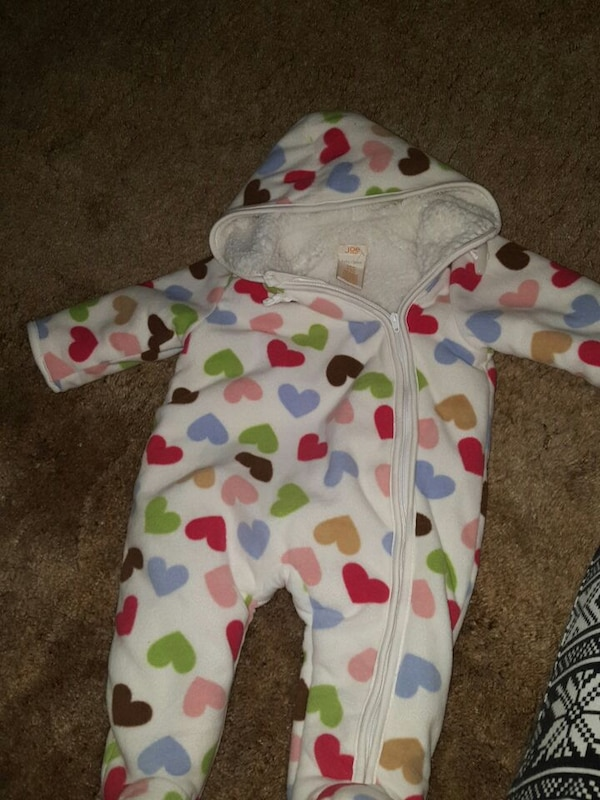 Used 3 6month Old Navy Baby Suit For Sale In Kitchener