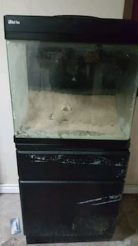 Red Sea 30 gallon fish tank and stand Whitby, L0C