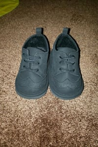 baby size 4 dress shoes Innisfil, L0L 1W0