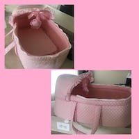 baby's white and pink bassinet Orlando, 32817
