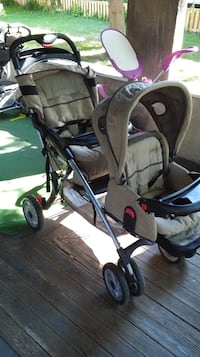 Double stroller St Catharines, L2T 1A8