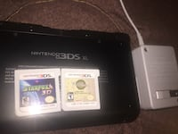 Nintendo 3ds xl w/ charger + 2 games