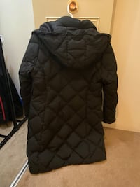 Uniqlo Down Winter Jacket New Westminster, V3M 2M6