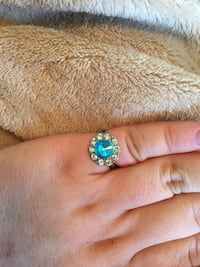 Gold plated White and blue costume jewelry ring size 5 #7 Clayton, 63105