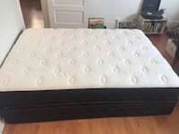 Double mattress and box spring - Like New!
