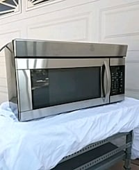 black and gray microwave oven Moreno Valley, 92557