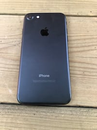 Black iphone 7 32g Milton, L9T 2V7
