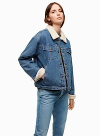 Aritzia TNA Newington denim jacket Mississauga, L5G