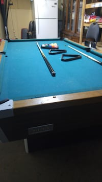 Pool table with accessories included null