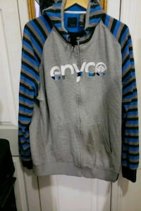 Grey hoody jkt. Men. Blue gray and black stripe New York, 10031