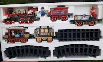 RARE VINTAGE CHRISTMAS MAGIC EXPRESS TRAIN SET