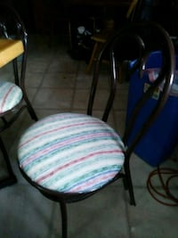 white and pink padded chair Ottawa, 61350