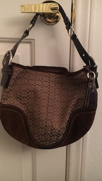 women's brown leather shoulder bag
