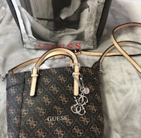 Guess leather 2-way handbag new Mississauga, L5M 4E1