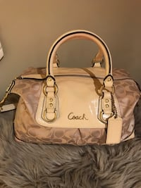 Coach Satchel/ Bag  Mississauga, L5V 2Y8