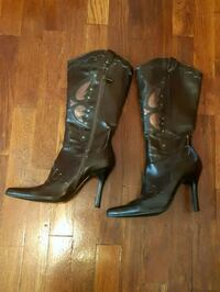 Brown boots size 7 Coquitlam, V3J 4B5