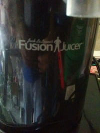 Fusion juicer for sale. Mississauga, L5L