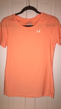 Orange nike crew-neck t-shirt Chevy Chase, 20815