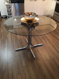 Round, Glass Dining Table, Tinted 42""
