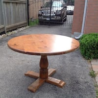 Maple dining table seats 4
