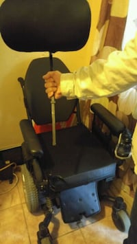 selling for a friend.quantom mobility chair.