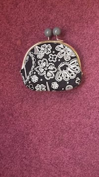 Black and white floral suede coin purse 1465 mi