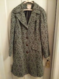 Young Essence knee length coat