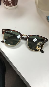 Authentic Brown framed ray ban sunglasses Markham, L3P 6P8