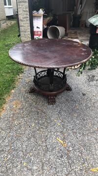 Round brown wooden table solid wood Vaughan, L4J 2M2