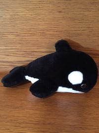 Whale plush toy  London, N6M 0E5