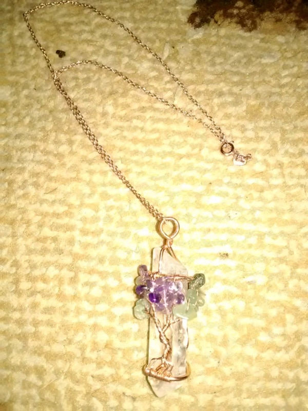 Crystal with tree of life gold jewelry