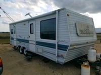 '99  coachman camper.  Very clean  Lake Charles