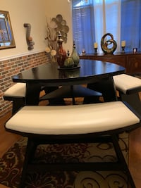 High top dining table and three leather bench Orlando, 32824