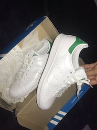pair of white adidas low-top sneakers Centreville, 20120
